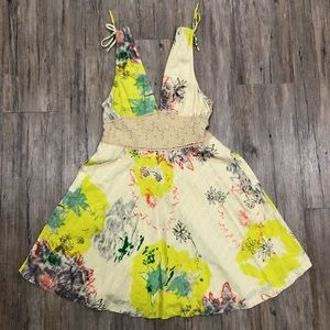Free People Floral Fit & Flare w/ Lace Size 8